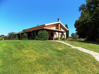 San Crescenzo 8 - Magliano in Toscana vacation rentals