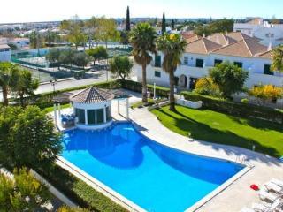 Hora White Apartment, Cabanas Tavira, Algarve - Tavira vacation rentals