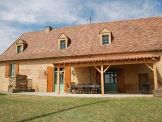 4 bedroom Gite with Internet Access in Saint-Medard-d'Excideuil - Saint-Medard-d'Excideuil vacation rentals
