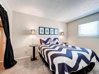 Hip Cozy Townhome- Ultra Clean & Newly Remodeled - Centennial vacation rentals
