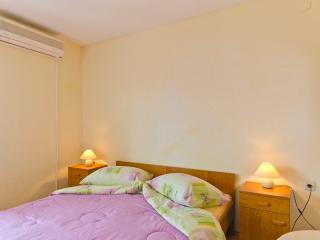 Romantic 1 bedroom Vacation Rental in Stari Grad - Stari Grad vacation rentals