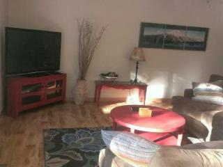 Sunriver 3BD/2BA ** Free swimming Passes to SHARC and North Pool - Sunriver vacation rentals