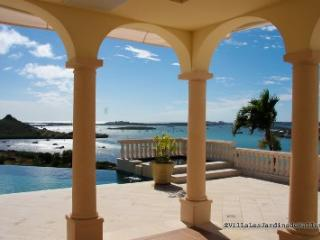 Luxury VILLA JARDIN DE BELLEVUE, 4 to 6 bedroom Villa in Bellevue St. Martin with amazing Views - Bellevue  vacation rentals