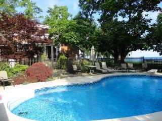 Lakefront Guesthouse 10 min. to Niagara Falls, - Ontario vacation rentals
