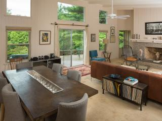 $170/nt~ MILES TO DWTN ASHEVILLE!! - Asheville vacation rentals
