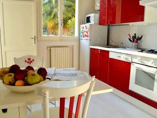 Comfortable 1 bedroom Condo in Bologna - Bologna vacation rentals