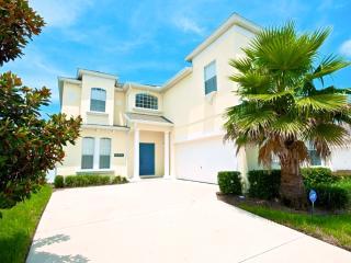 W039 - 5 Bedroom Luxury Villa on Calabay Park - Haines City vacation rentals