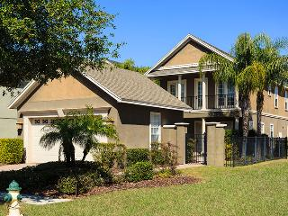 W140 - 4 Bedroom Golf View Home on Reunion Resort - Disney vacation rentals
