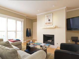 Private Room in Quiet Westwood Owner OccupiedCondo - Los Angeles vacation rentals