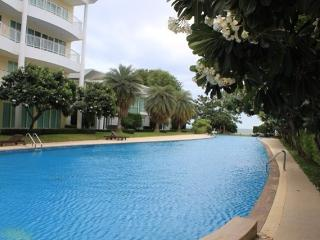 2 bedrooms 2 bathroomsground floor  by the pool area - Saraburi Province vacation rentals
