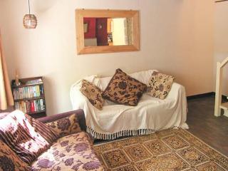 DAISY COTTAGE family-friendly, en-suite bathrooms, enclosed garden in Cromford Ref 18709 - Crich vacation rentals