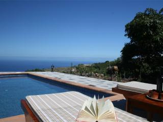 Nice House with Deck and Internet Access - Tijarafe vacation rentals