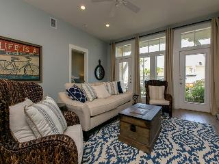 2BR/2BA Stunning Condo at Cinnamon Shore, Steps to the Beach, sleeps 7! - Port Aransas vacation rentals