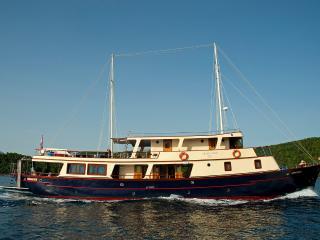 Leonardo Croatia cruising - Split vacation rentals