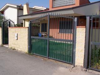 Anzio - Villa bifamiliare o camera matrimoniale - Anzio vacation rentals