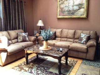 Living room - 4 Bedroom fits 2 families Walk to Slopes - Tannersville - rentals