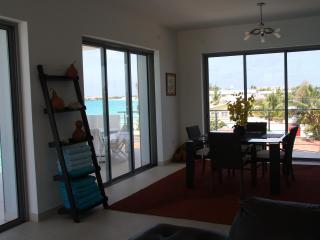 Heaven at las Arenas, Luxury Condo on the beach - Simpson Bay vacation rentals