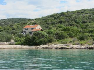Island waterfront holiday house Vita, Dalmatia - Pasman Island vacation rentals