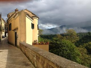 Charming 1 bedroom House in Sant'Agata de'Goti - Sant'Agata de'Goti vacation rentals