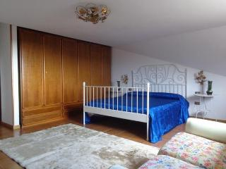 Bright 4 bedroom Bed and Breakfast in Fondi with A/C - Fondi vacation rentals