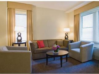 Central Park High Rise 1-Bedroom Deluxe Suite (4664) - New York City vacation rentals