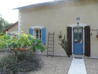 Bright House with Outdoor Dining Area and Microwave in La Trimouille - La Trimouille vacation rentals