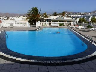 Lovely Holiday Seaview Apartment in Lanzarote! - Puerto Del Carmen vacation rentals