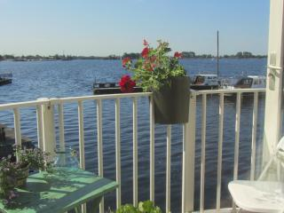 Comfy apt. with great lake views near Amsterdam AA - Vinkeveen vacation rentals