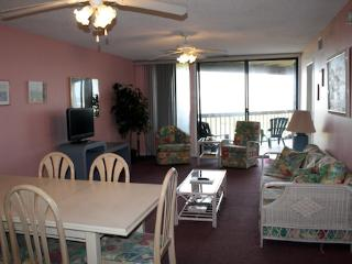 Hibiscus Resort - B201, Ocean Front, 2BR/2BTH, 3 Pools, Wifi - Saint Augustine vacation rentals