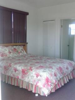 Boggie Pond - Queen Bedroom - Grand Bahama vacation rentals