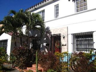 Presidential Suite (ROOM)/ priv bath /ArtDecoVilla - Miami Beach vacation rentals