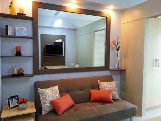 Fully Furnished Cozy 1BR Condo Beside Mall - Quezon City vacation rentals