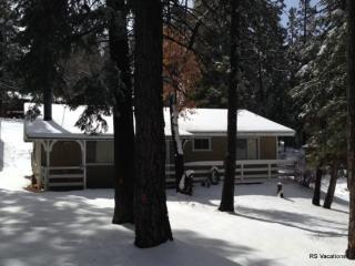 Southern Comfort:Close to Bear Mountain & Foosball - City of Big Bear Lake vacation rentals