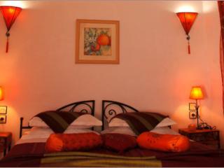"""Riad Aquarelle - """"La chambre Fleur d'Oranger"""" - Marrakech vacation rentals"""