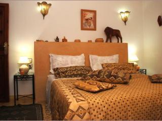 """Riad Aquarelle - La chambre """"Tataoui"""" - Marrakech vacation rentals"""