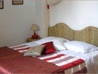 """Riad Aquarelle - La chambre """"Hibiscus"""" - Marrakech vacation rentals"""