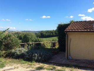 La Casetta del Poggio - Castiglione della Valle vacation rentals