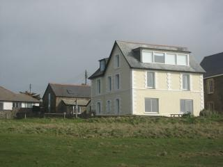Chauffeurs Cottage, New Polzeath - Polzeath vacation rentals