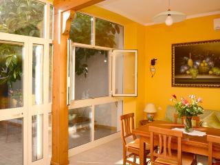 SK210 Appartamento DENISE 1 PT - San Pietro in Bevagna vacation rentals