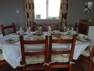 4 bedroom Bungalow with Internet Access in Durham - Durham vacation rentals