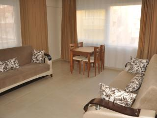 Efe Apartment, Kleopatrastrand, zentrum 1 minute! - Alanya vacation rentals