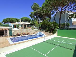 Stunning 4 bed villa in Vale do Lobo, Algarve - Vale do Lobo vacation rentals