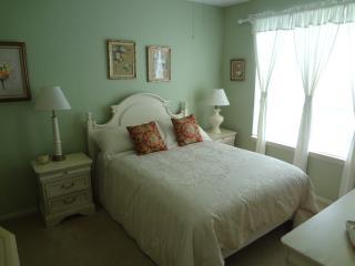 Gorgeous Condo 516 In The Heart Of Disney - Davenport vacation rentals
