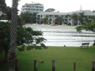 Parkview - Picnic by the River - Noosaville vacation rentals