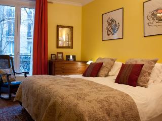 Caulaincourt Classique - Montmartre - Paris vacation rentals