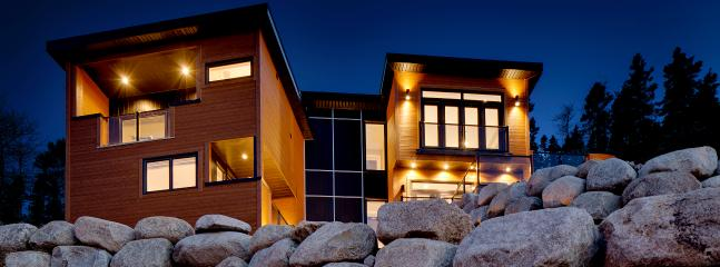 View from the road - Upscale Ocean Front Luxury Home with Million $ Views! - Halifax - rentals