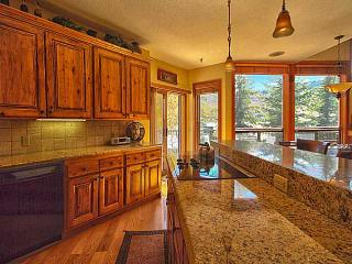 Luxurious 4 Bedroom 4.5 Bath Deer Valley Ski Condo!! - Deer Valley vacation rentals