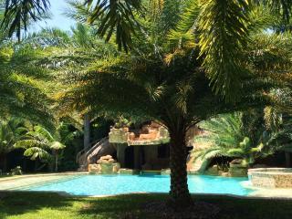 South Beach private mini estate - Miami Beach vacation rentals