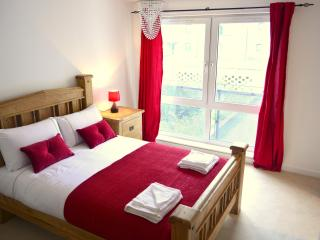 Holistic Condos - 2 bedroom apartment - Edinburgh vacation rentals
