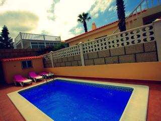 Cozy 3 bedroom Callao Salvaje Villa with Washing Machine - Callao Salvaje vacation rentals